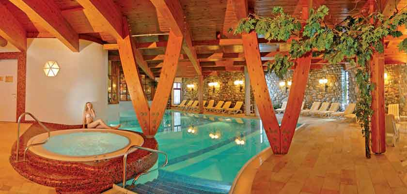 hotel-alpina-sonnberg_indoor-pool_jacuzzi.jpg